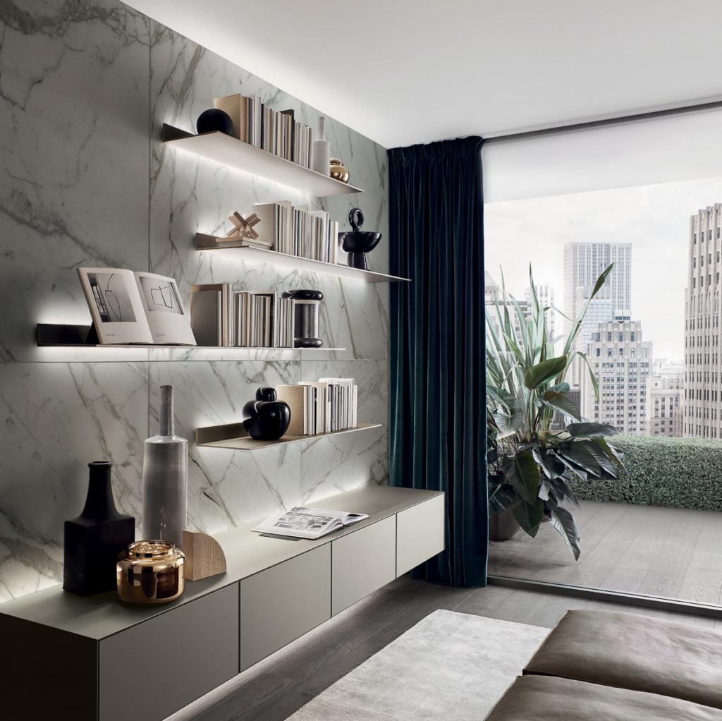 Rimadesio exklusives Wohnzimmer mit Sideboard aus Glas und Eisenborde mit LED Beleuchtung