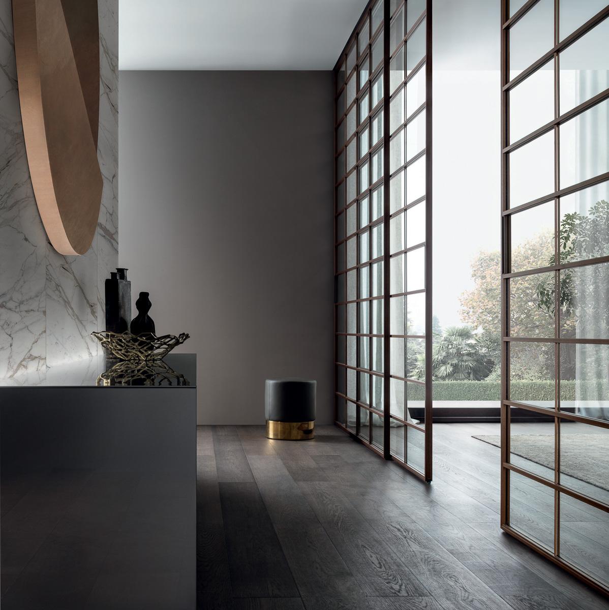 Raumtrennungselement Glas und Holz